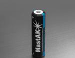MastAK 18650 3,7V 2600mAh с электроникой. Заряд от USB